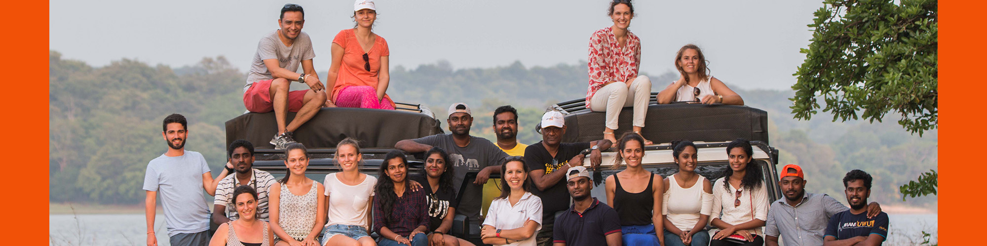 L'équipe Mai Globe Travels au parc national de Minneriya
