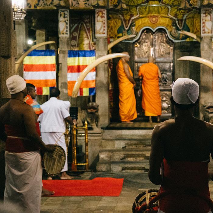 Sri Lanka, Kandy, Temple @Clara Ferrand