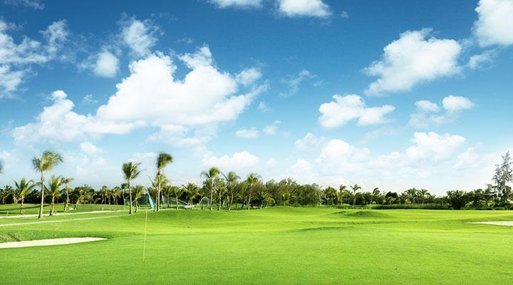 Visite du Temple de la Dent et partie de golf au Victoria Golf