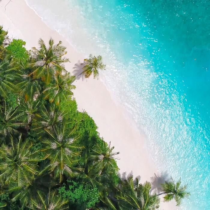 Maldives, destination paradisiaque, vue aérienne