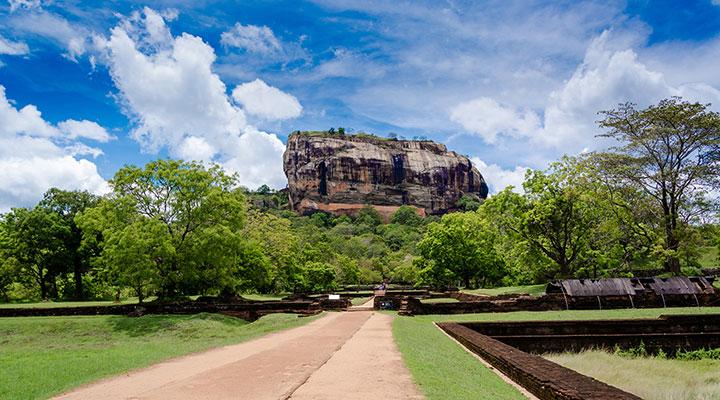 Montée du rocher du Lion a Sigiriya
