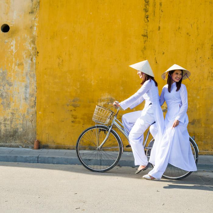 Femmes, Tenues traditionnelles, Vietnam