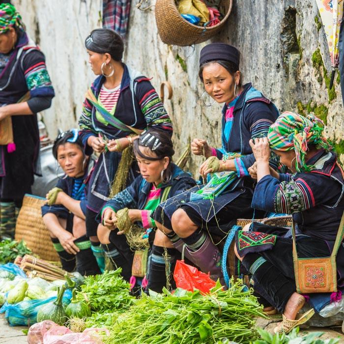 Vietnam, Femmes, Costumes traditionnels, Hmong