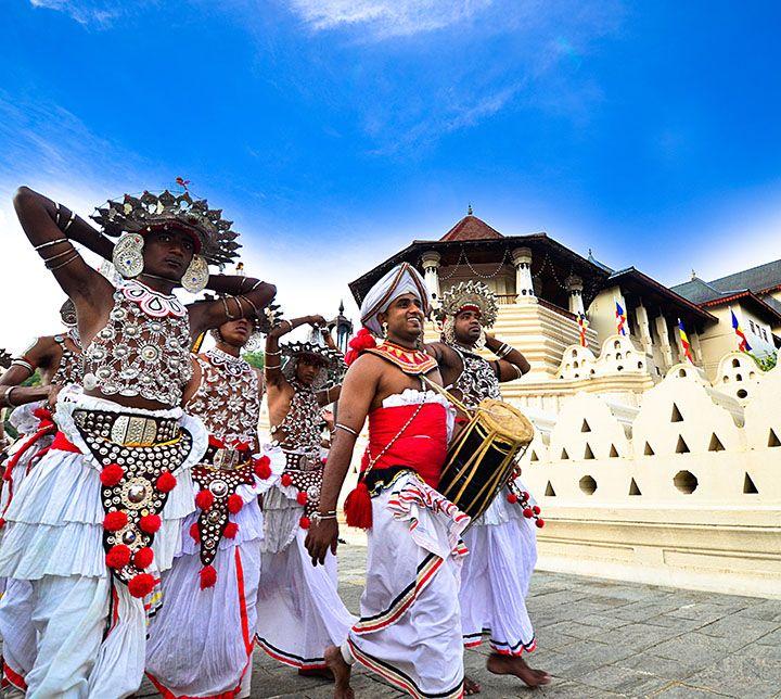 Danseurs, Perahera, Kandy, Sri Lanka