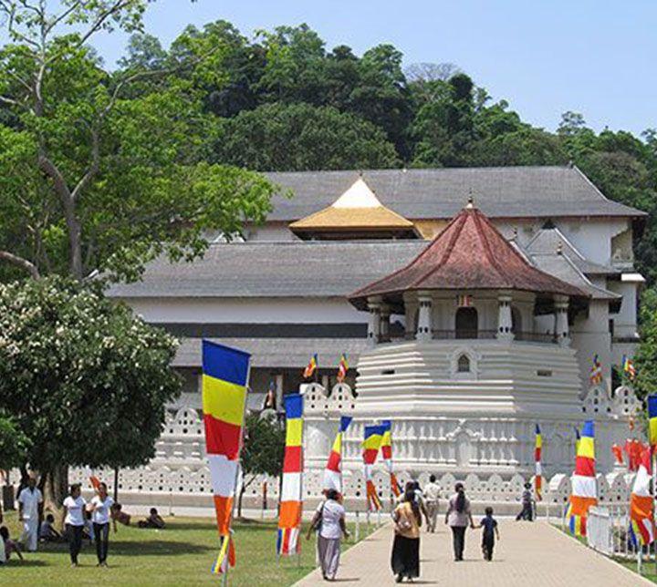Sri Lanka, Kandy, Temple, Dent